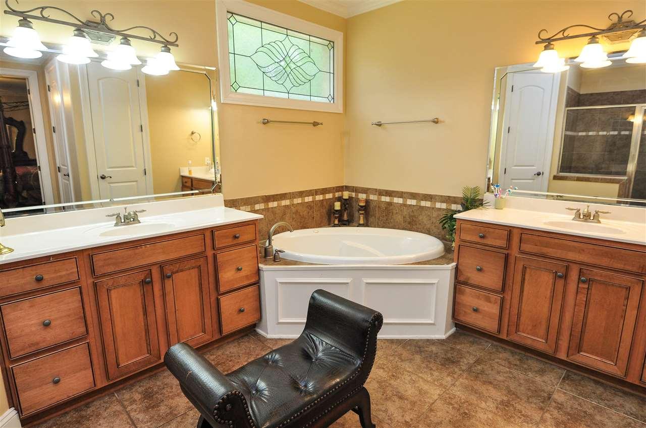 442 Old Hearthstone Collierville, TN 38017 - MLS #: 10001936