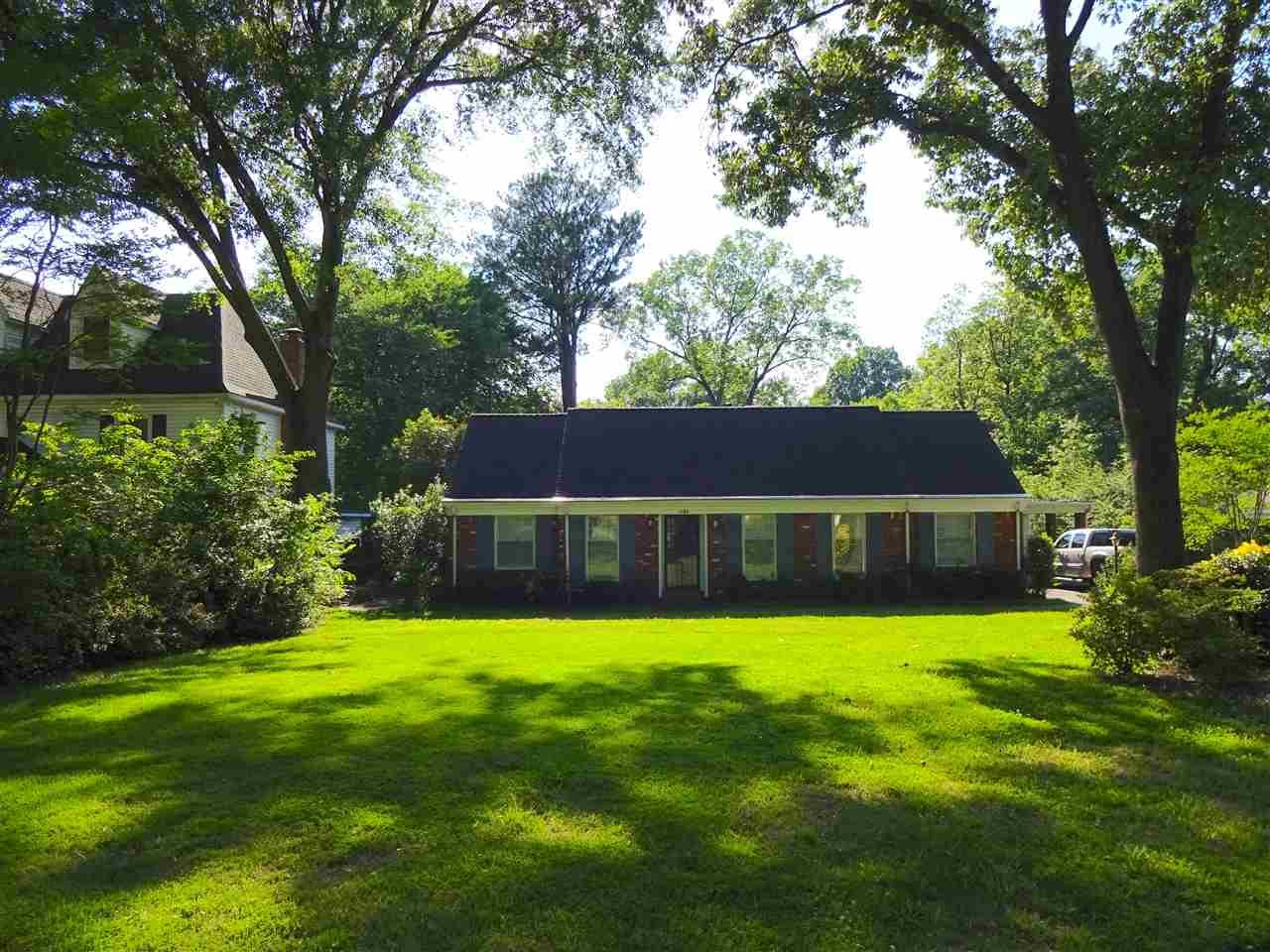 1165 E CRESTWOOD DR, Memphis, TN 38119
