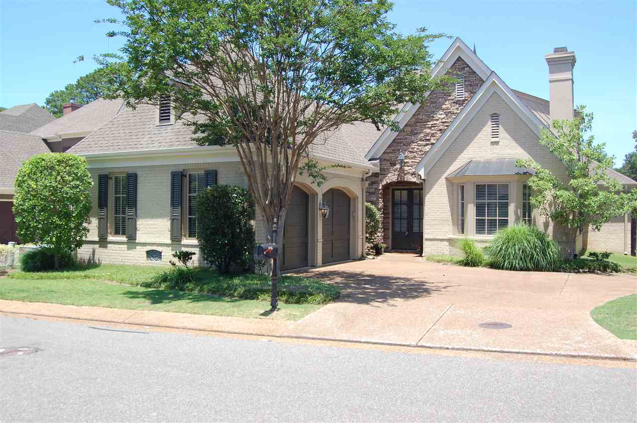 6556 HERONSWOOD DR, Memphis, TN 38119