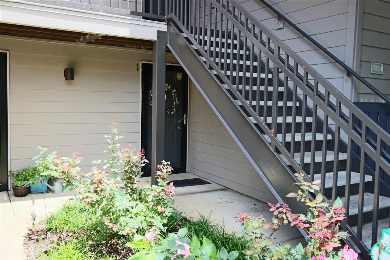 1823 CROSSFLOWER CV, Germantown, TN 38138