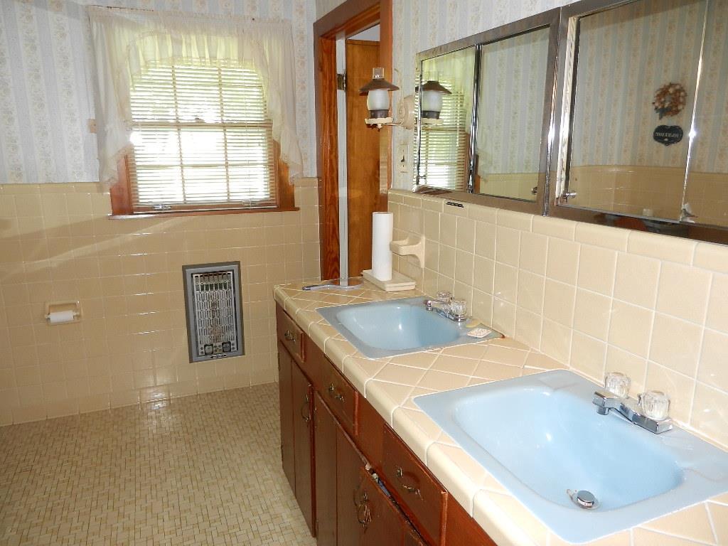 807 W Main Brownsville, TN 38012 - MLS #: 10004942