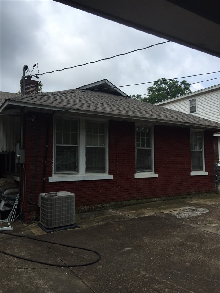 1218 Faxon Memphis, TN 38104 - MLS #: 10005026