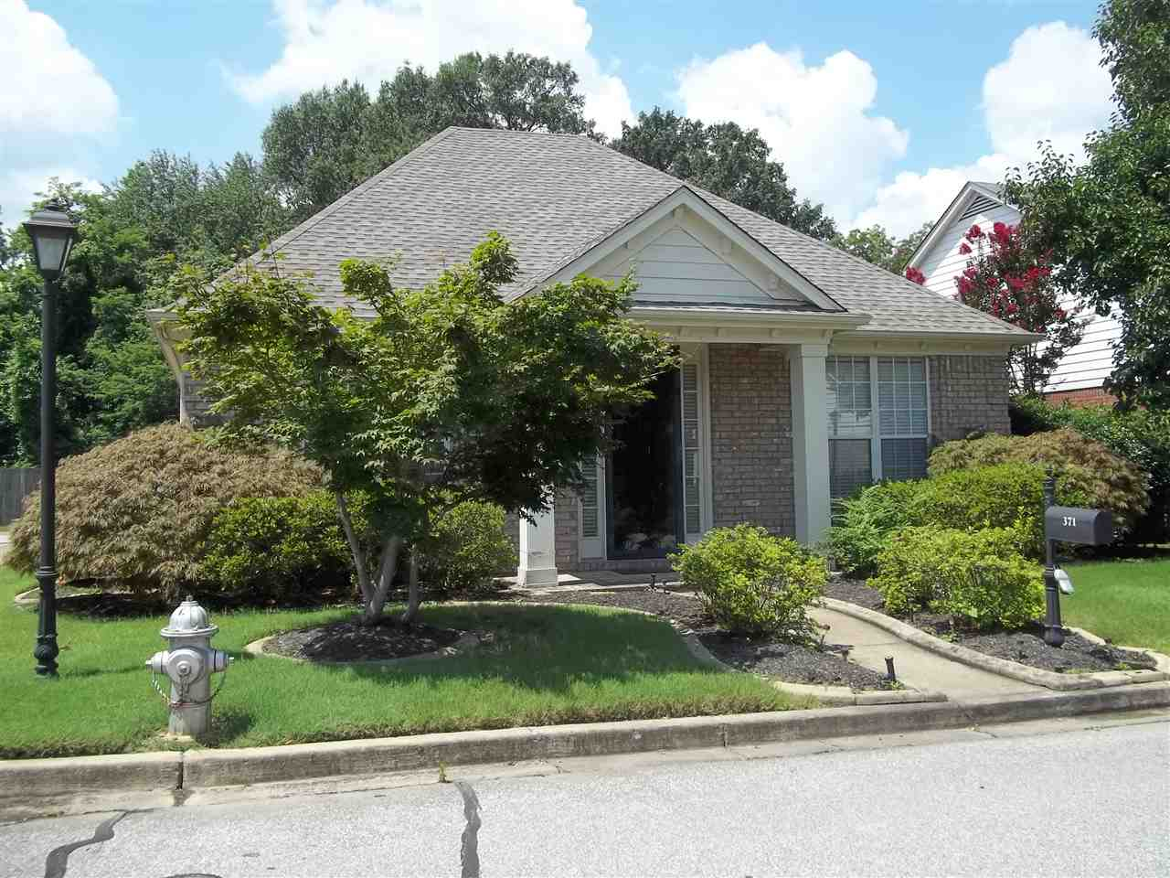 371 FOUNTAIN CREST DR, Memphis, TN 38120