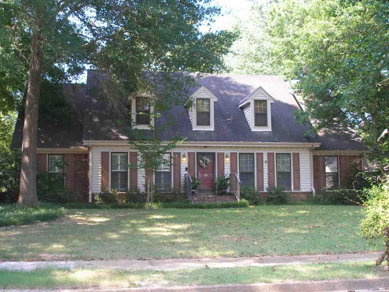 6765 FOSSIL CREEK RD, Memphis, TN 38120