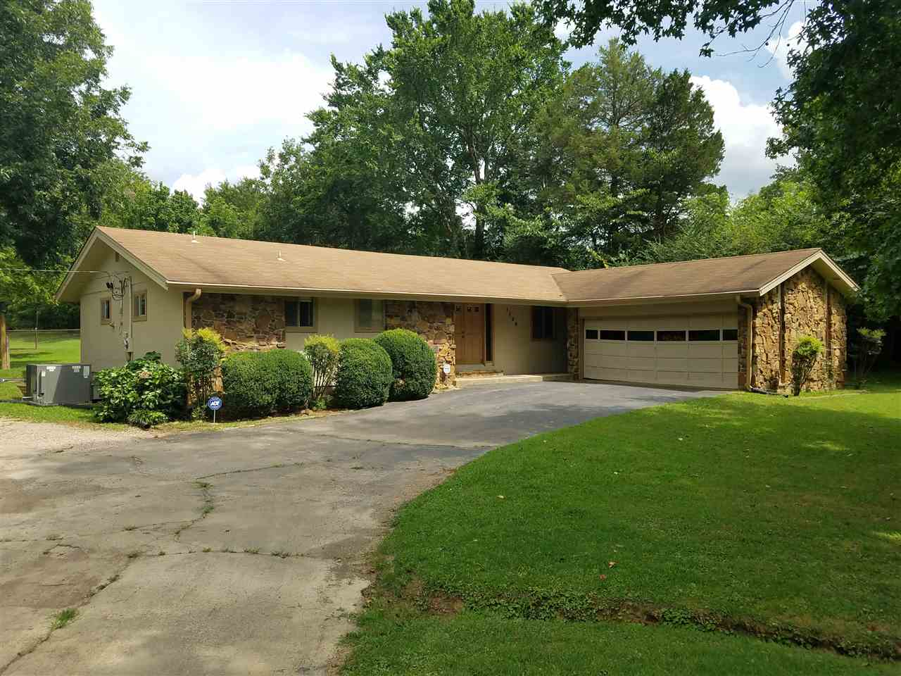 1138 N COLLIERVILLE-ARLINGTON RD, Unincorporated, TN 38017