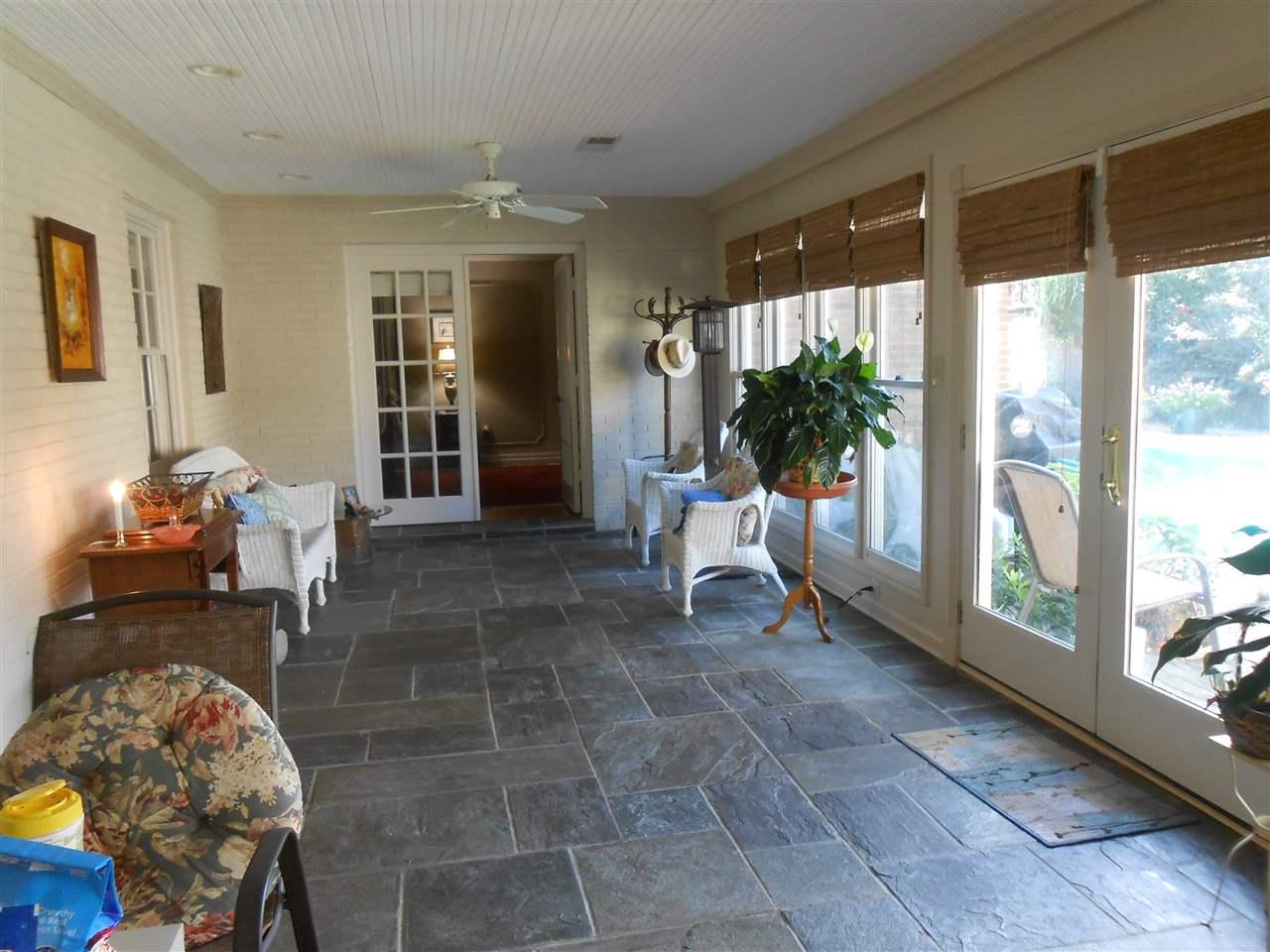 7638 Blackberry Farm Rd Germantown, TN 38138 - MLS #: 10008782