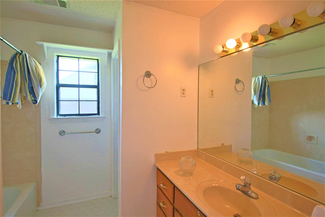 127 Ridgeway Millington, TN 38053 - MLS #: 10008813
