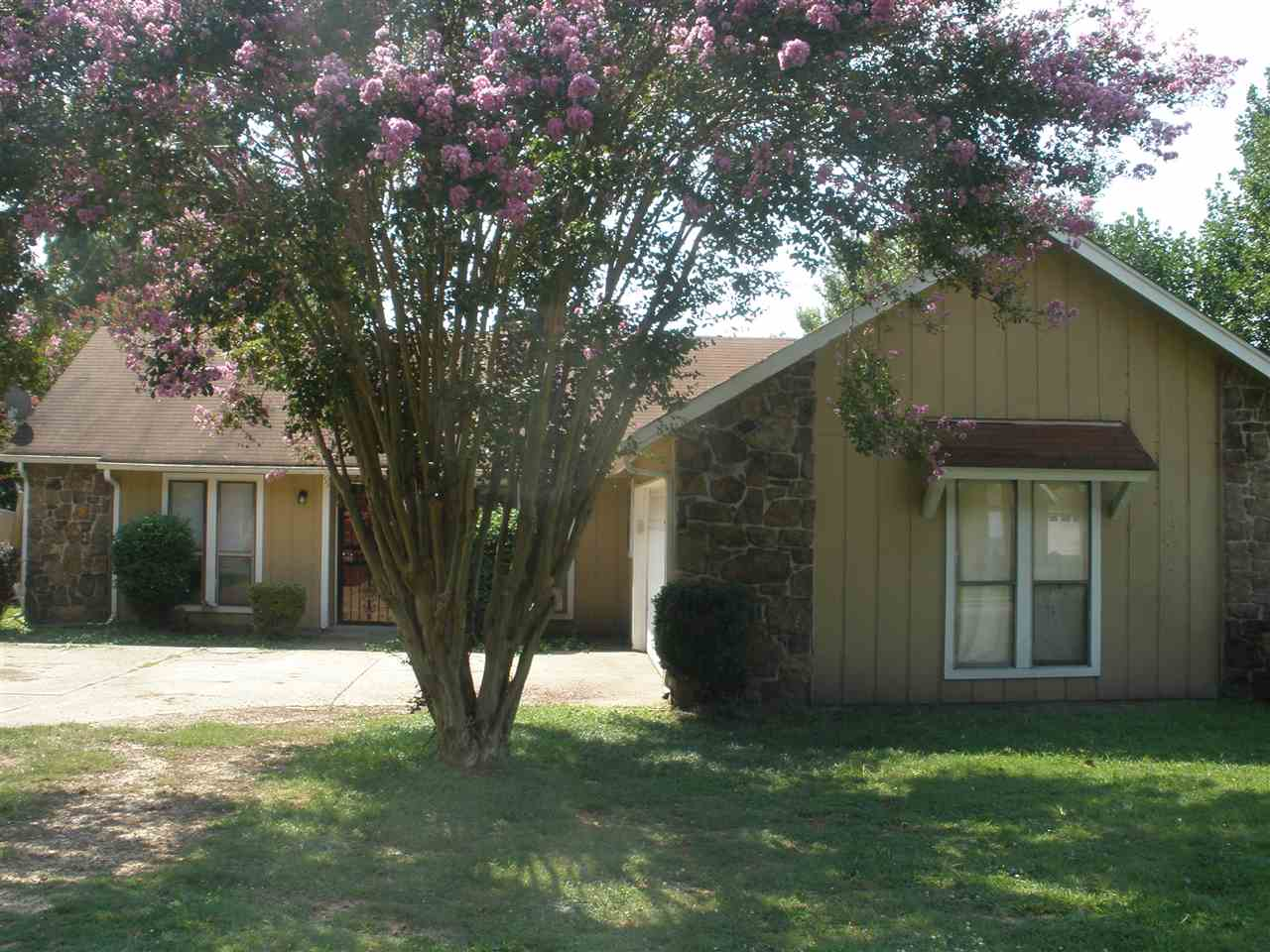 2195 Woodfield Park Memphis, TN 38134 - MLS #: 10008944