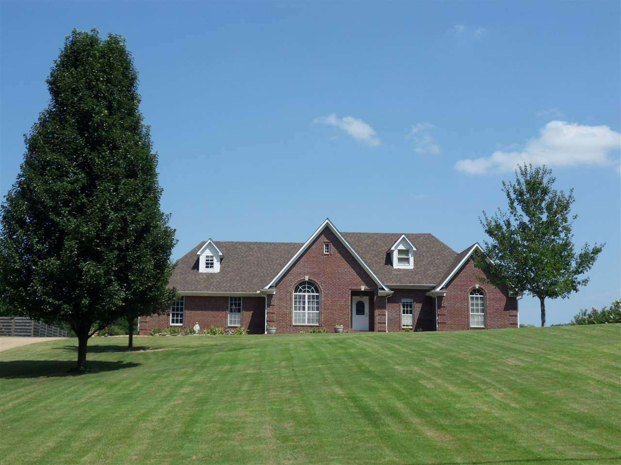 122 Tipton Lake Atoka, TN 38004 - MLS #: 10009007