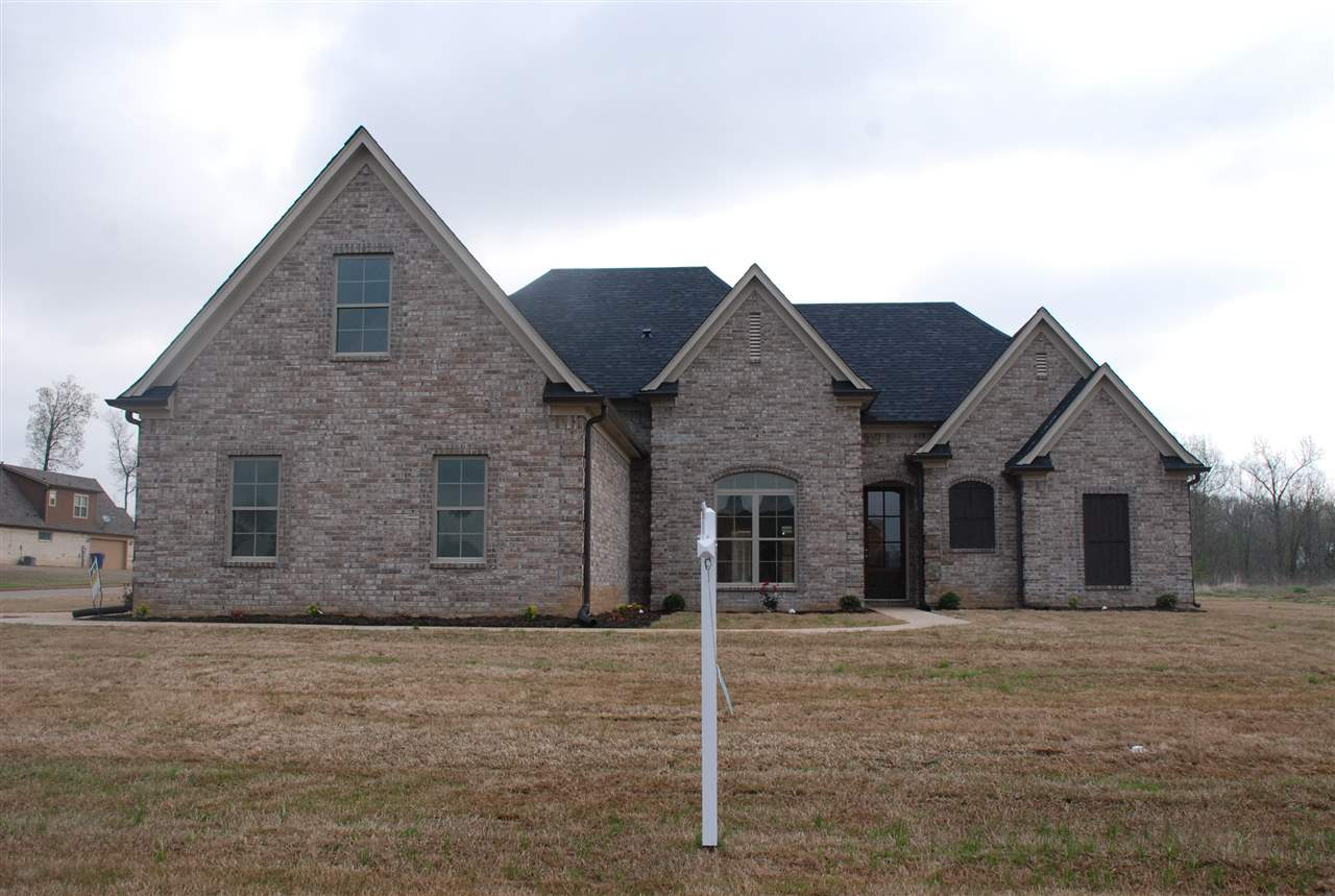 155 COUNTRY BROOK DR, OAKLAND, TN 38060