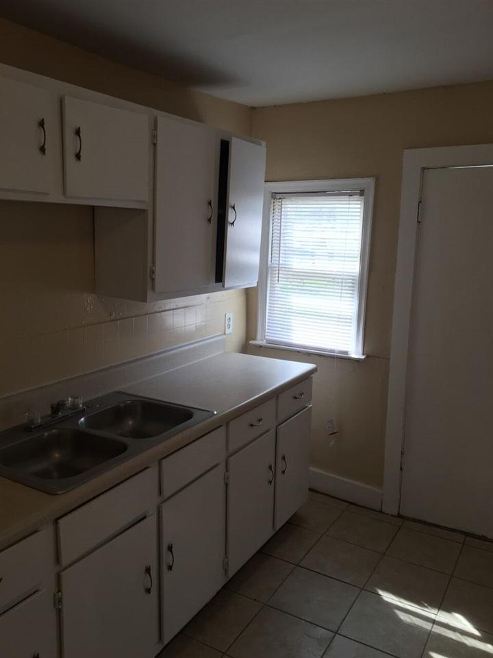 1690 Berkshire Memphis, TN 38108 - MLS #: 10027077