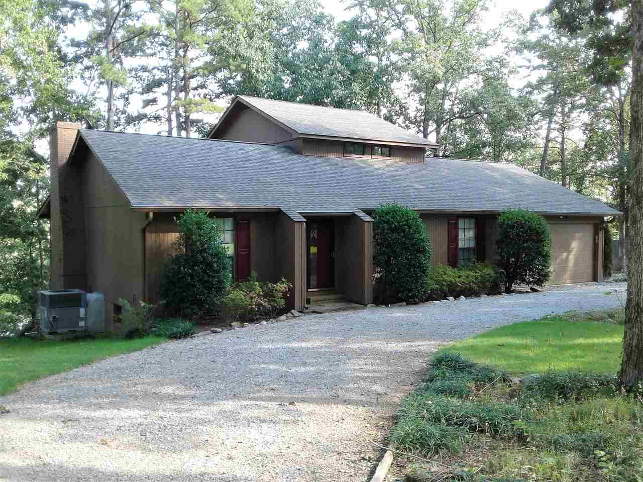 425 Huckelberry Ln Savannah, TN 38372 - MLS #: 10029303