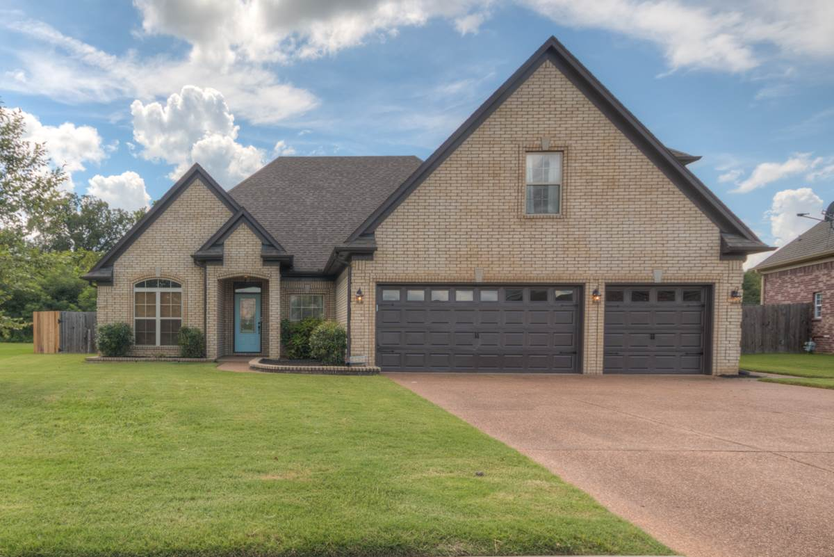 Property for sale at 120 Running Brook Ln, Oakland,  TN 38060