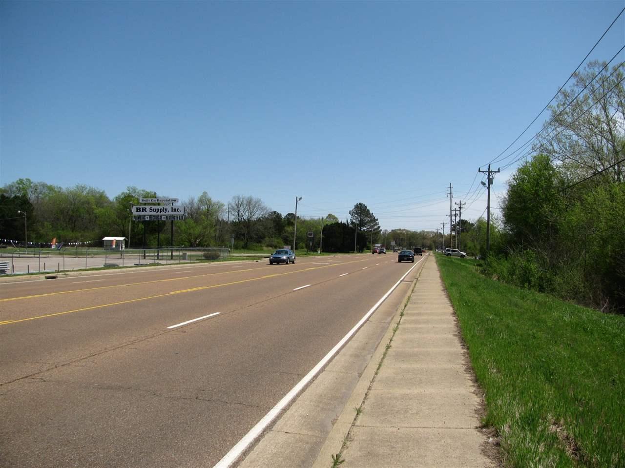 2 E Main Adamsville, TN 38310 - MLS #: 9949782