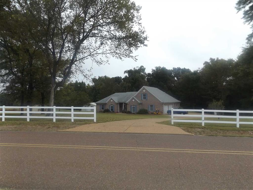 5570 FEATHERS CHAPEL RD, UNINCORPORATED, TN 38068  Photo 2