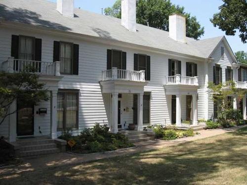 31 E PARKWAY AVE S, Memphis, TN 38104