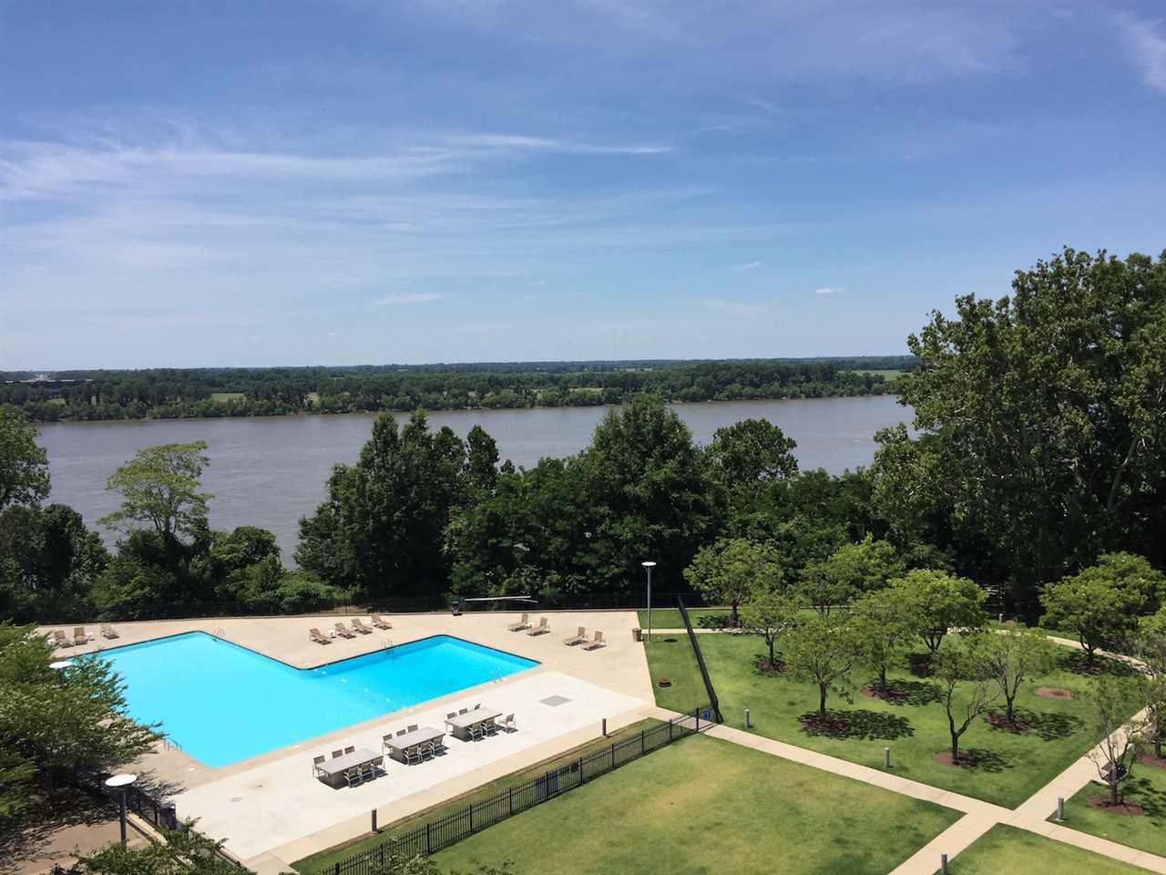 655 RIVERSIDE DR, Memphis, TN 38103