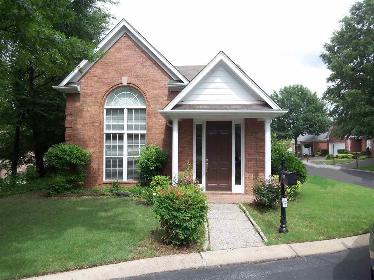 5298 ABBIE WOODS CV, Memphis, TN 38120