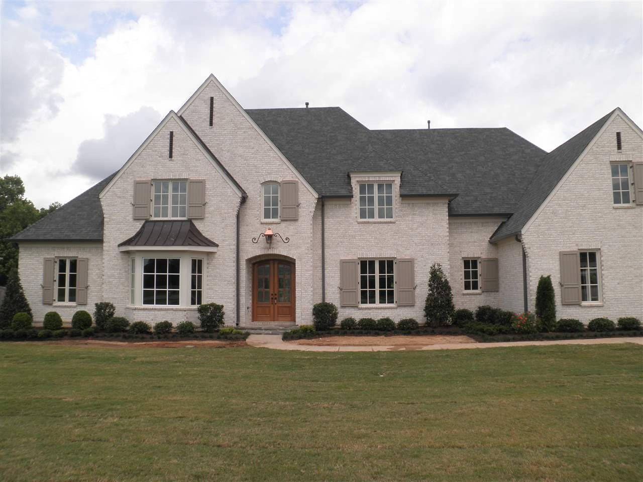 333 BLACK DUKE CIR