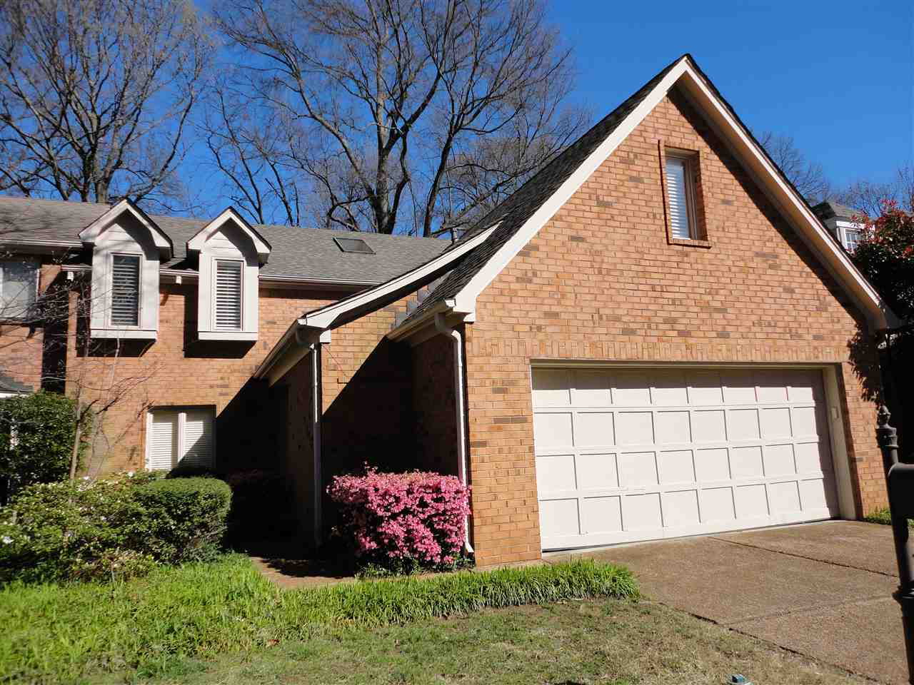 496 KINGSGATE CV, Memphis, TN 38117