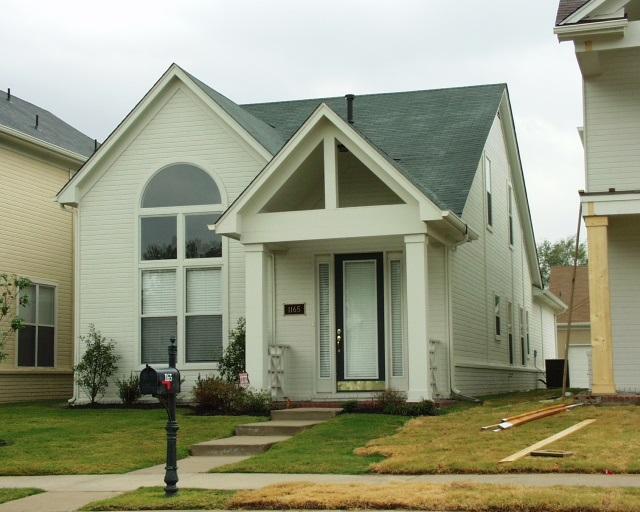 1165 ISLAND PL E, Memphis, TN 38103