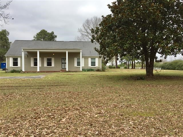 8170 E HOLMES RD, Unincorporated, TN 38125