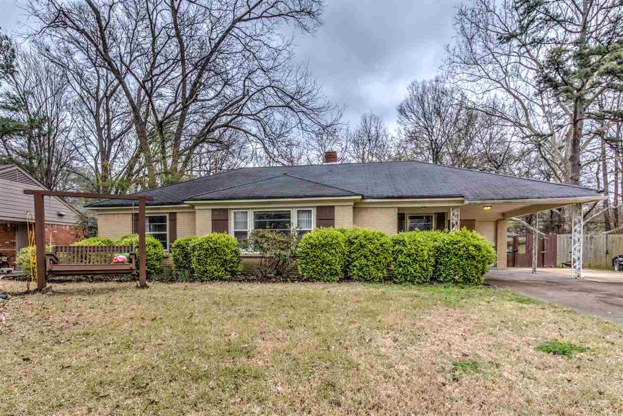 296 N FERNWAY DR, Memphis, TN 38117