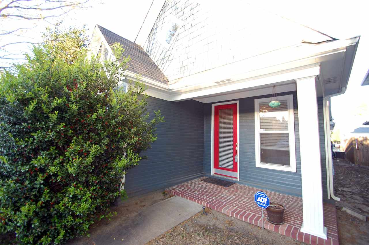 1318 HARBOR PARK DR, Memphis, TN 38103