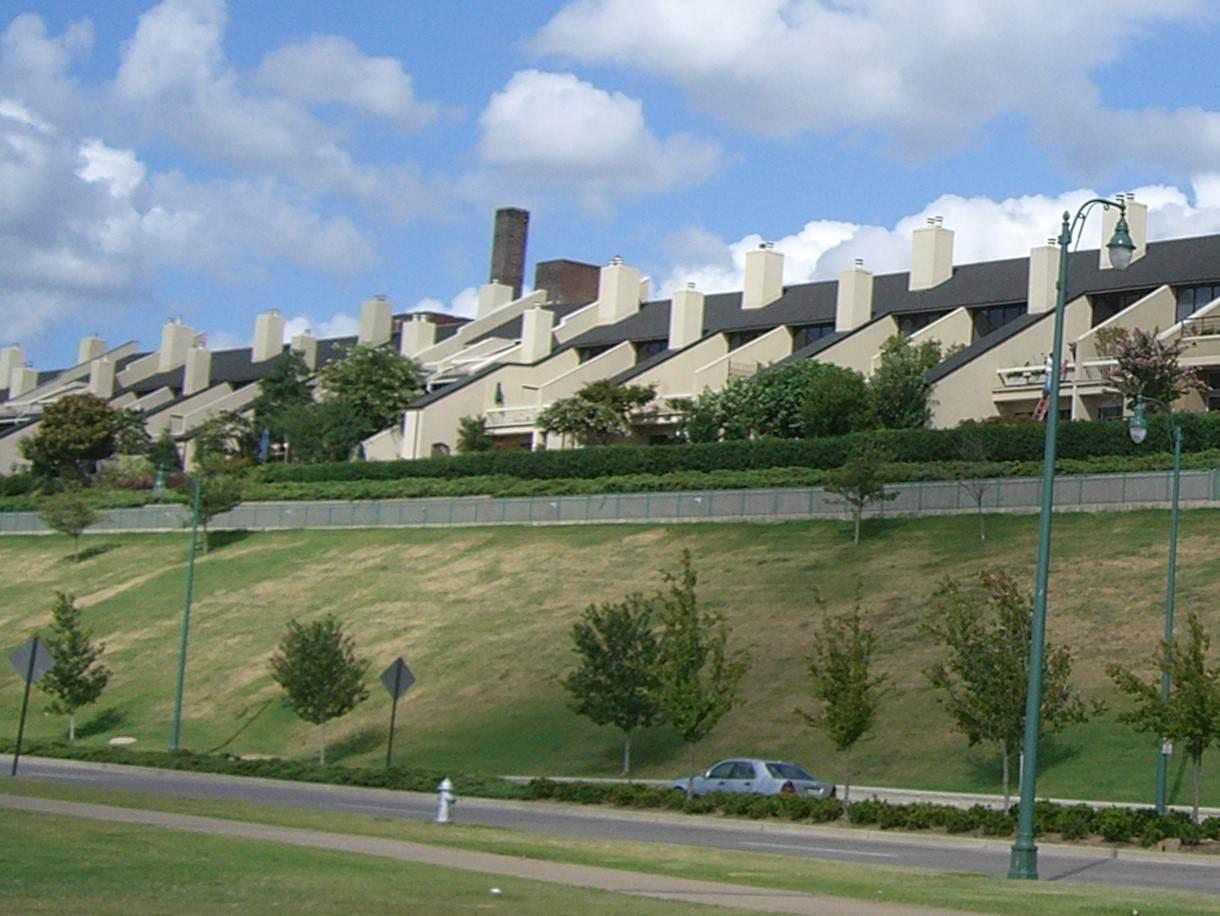 363 RIVERBLUFF PL, Memphis, TN 38103