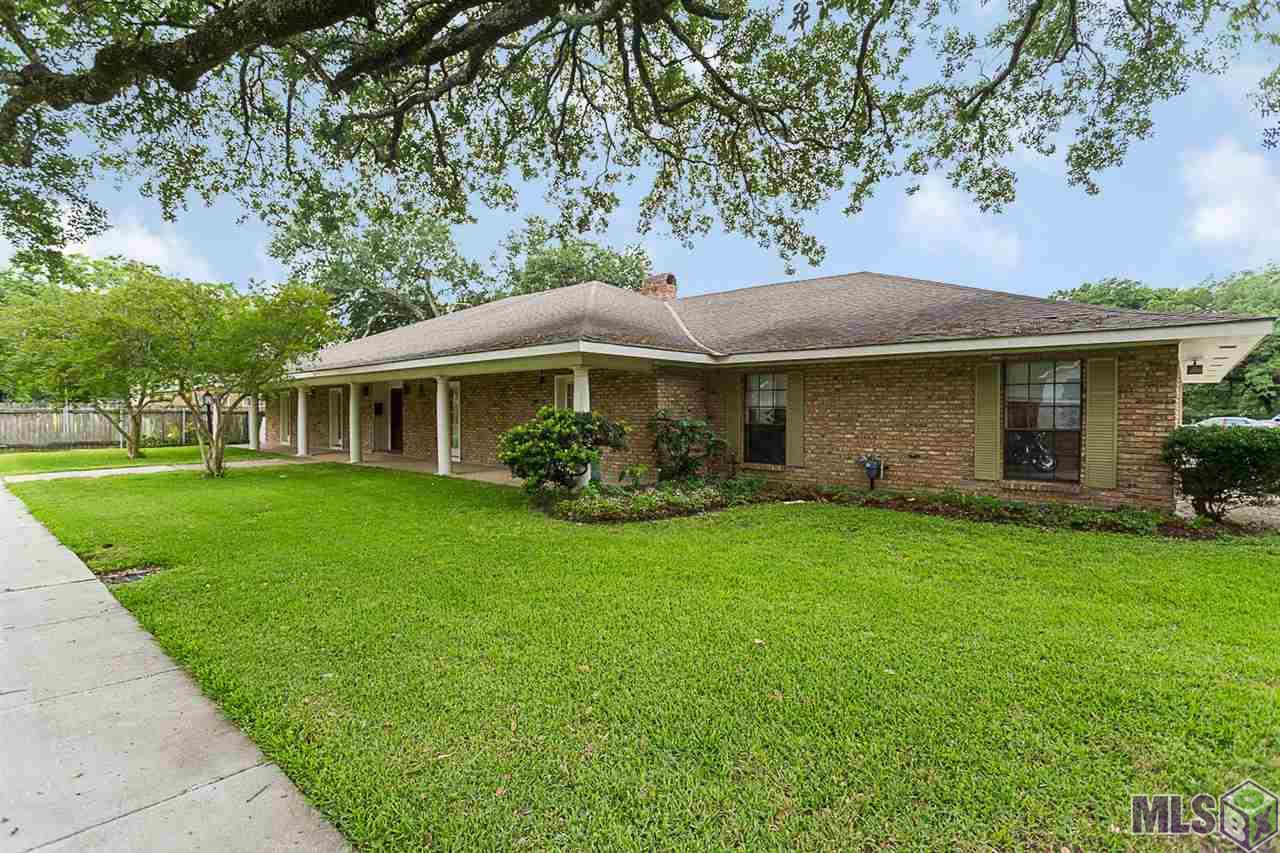 415 S JEFFERSON, Port Allen, LA 70767