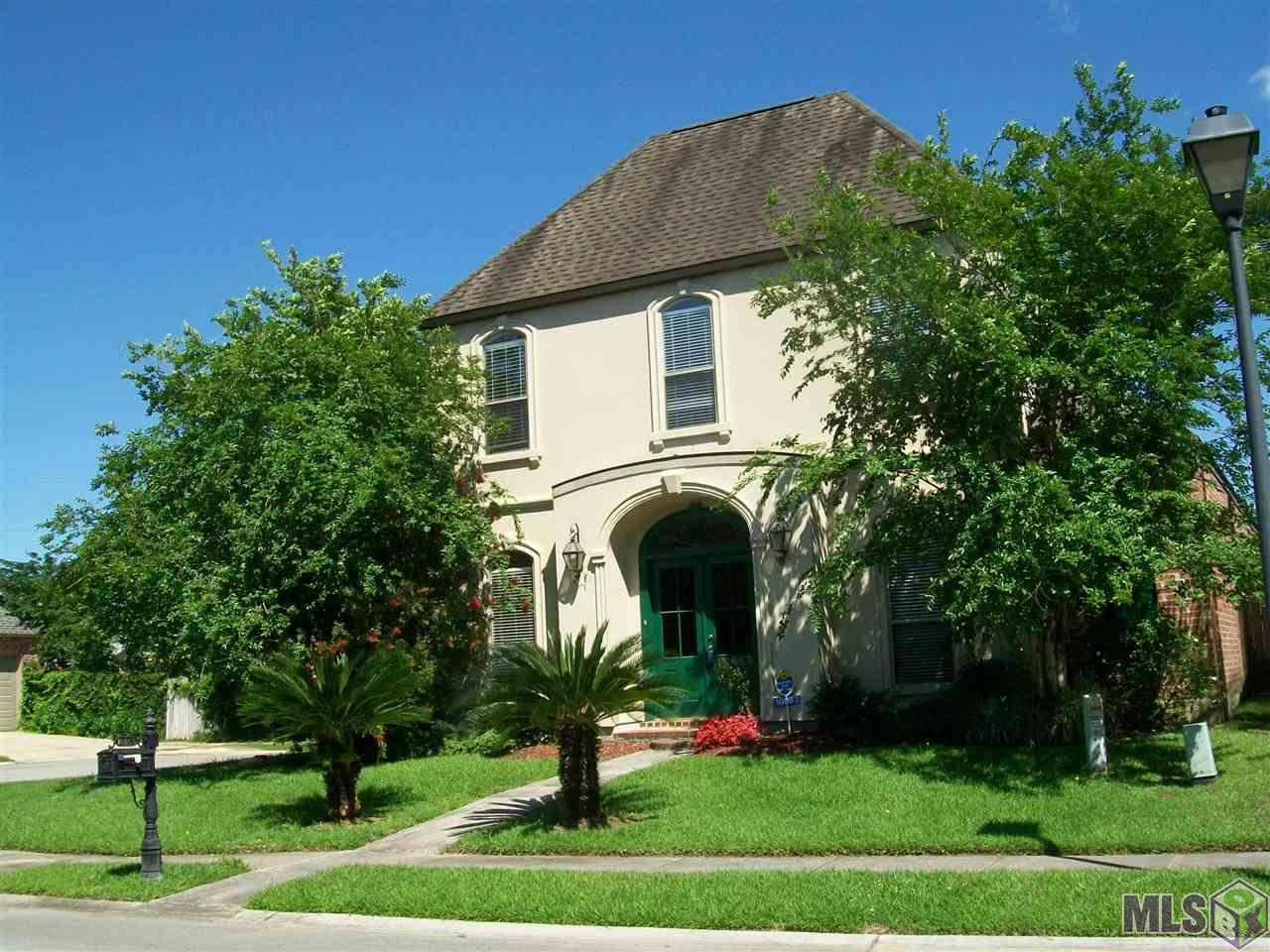 10863 WOODLAND OAKS, Baton Rouge, LA 70809