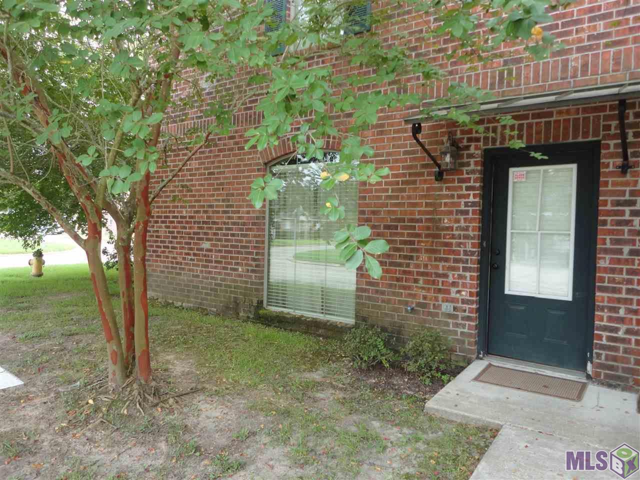 1502 HARWICH DR, Baton Rouge, LA 70820