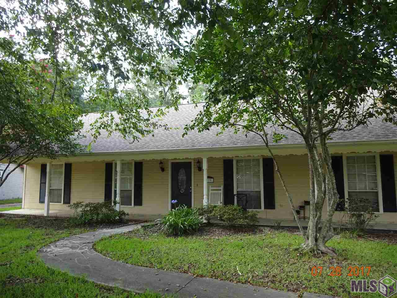 139 OAKWOOD DR, Denham Springs, LA 70726