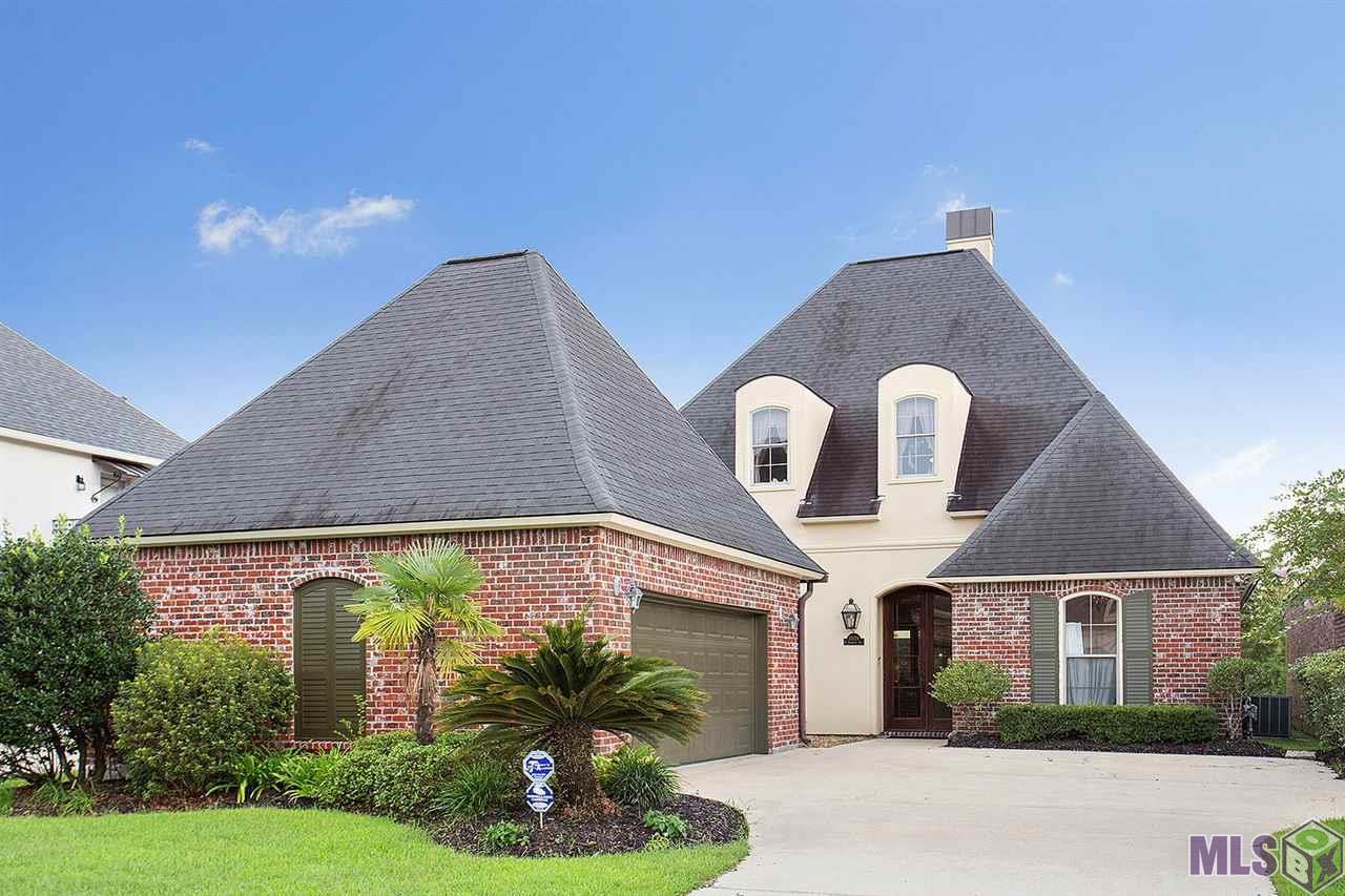 11026 N SHORELINE DR, Baton Rouge, LA 70809