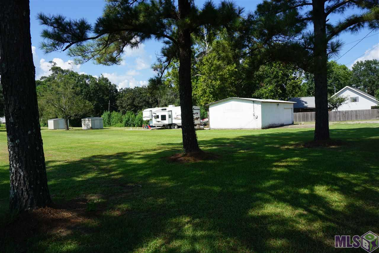 Motivated seller. 1.23 acres with a 26 X 36 workshop located on the front of property and a 10 X 14 storage shed located on the rear of property.  Motor home is not included with the sale of property and will be removed by closing.  Pre-approval letter/proof of funds must be submitted with all offers.