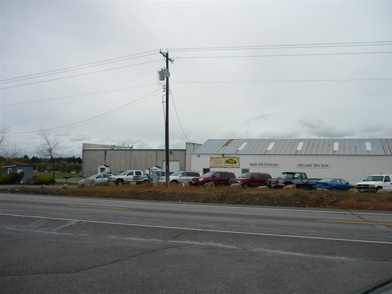 Commercial for Sale at 25023 E Appleway Avenue 25023 E Appleway Avenue Liberty Lake, Washington 99019 United States
