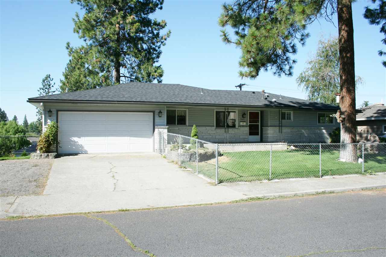 5621 N Greenwood Blvd, Spokane, WA 99208
