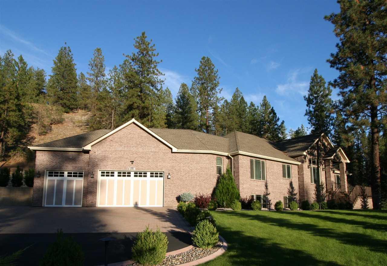 7910 S Hangman Valley Rd, Spokane, WA 99224