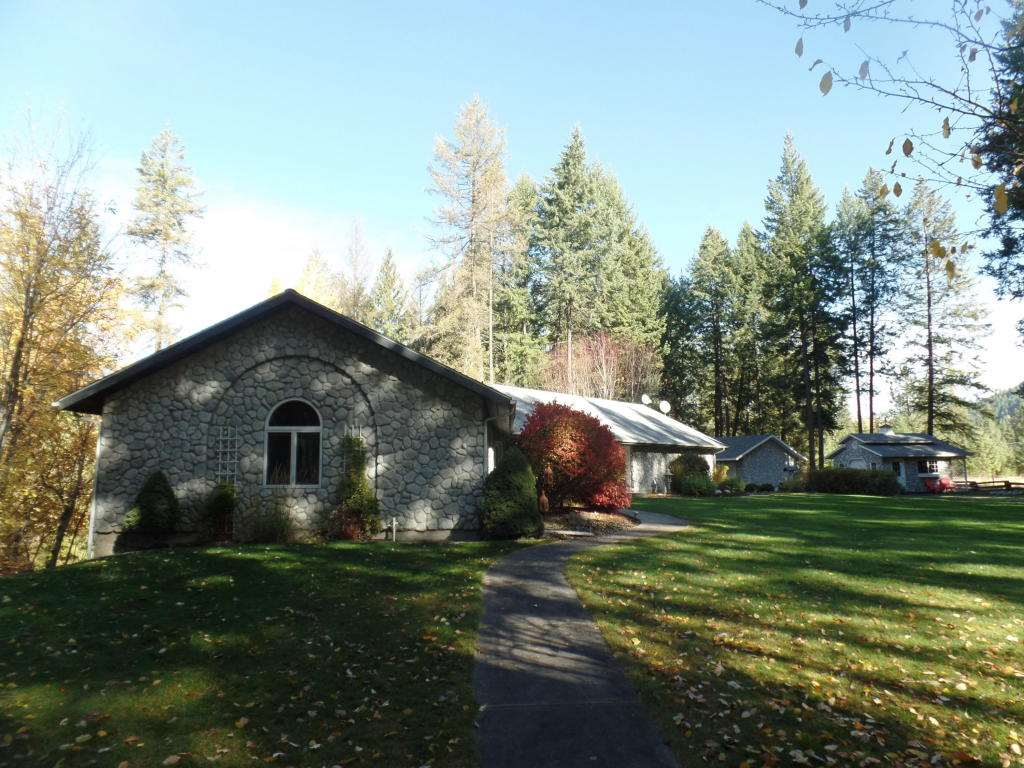 Single Family Home for Sale at 624 Cole Road 624 Cole Road Colville, Washington 99114 United States