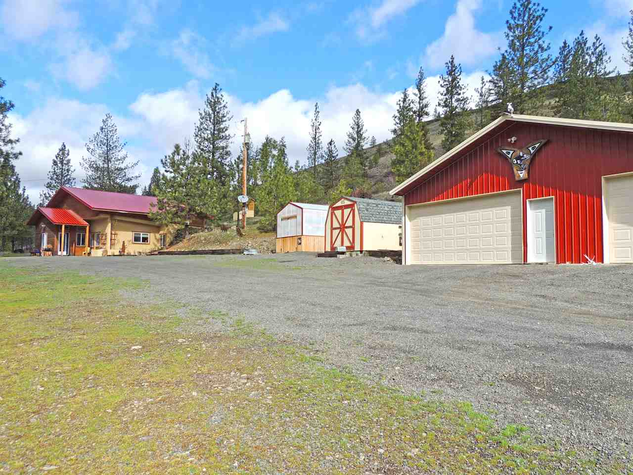 Single Family Home for Sale at 32697 Hawk Creek Ranch Rd N 32697 Hawk Creek Ranch Rd N Davenport, Washington 99122 United States