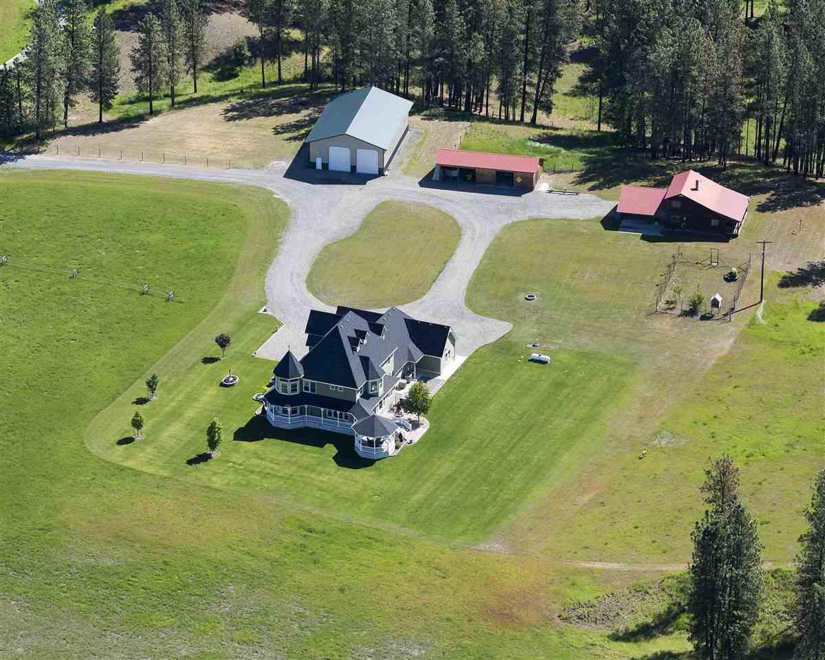 Single Family Home for Sale at 1056 Bear Creek Road 1056 Bear Creek Road Colville, Washington 99114 United States
