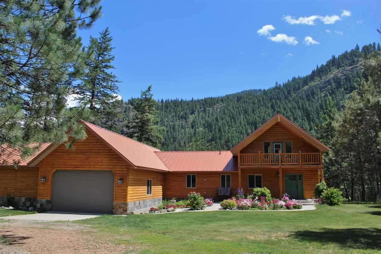 Single Family Home for Sale at 14 First Thought Loop 14 First Thought Loop Kettle Falls, Washington 99141 United States