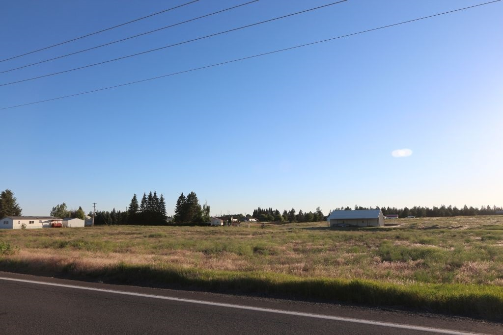 Level building lot.   Faces Brooks Rd with access also from Sunwest (both are paved).  Great water table in area with surrounding wells at 150' with 15 GPM according to DOE.  Power at property line.