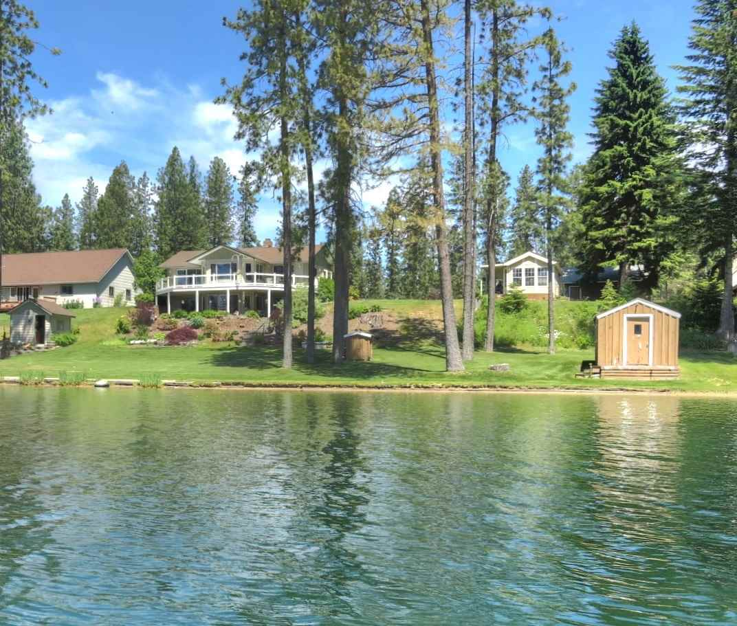 Single Family Home for Sale at 40303 North Shore Drive 40303 North Shore Drive Loon Lake, Washington 99148 United States