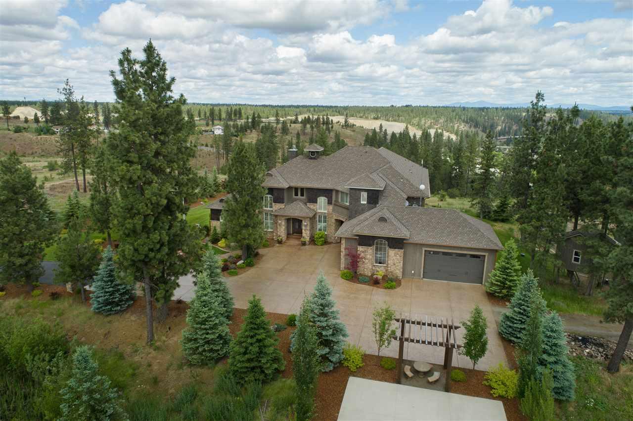 Single Family Home for Sale at 6314 Crestview Lane 6314 Crestview Lane Cheney, Washington 99004 United States