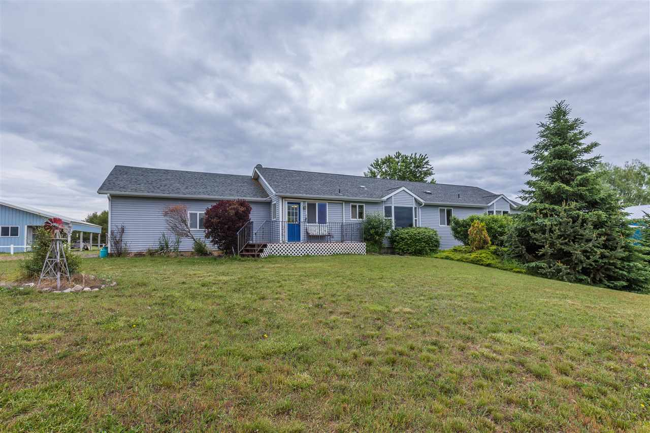 Single Family Home for Sale at 34218 N Spotted Road 34218 N Spotted Road Deer Meadows, Washington 99006 United States