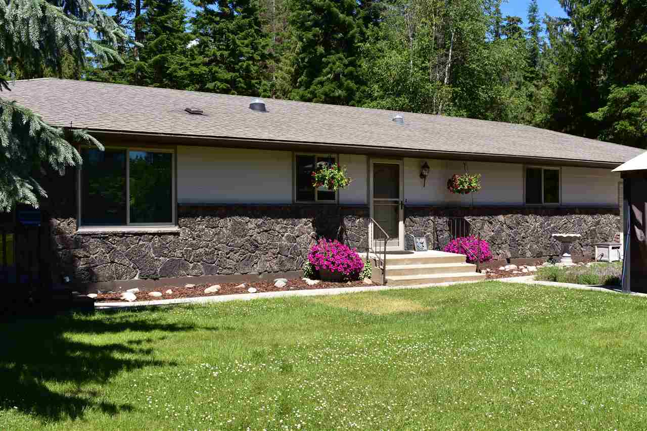 Single Family Home for Sale at 16112 N Le Clerc Road 16112 N Le Clerc Road Cusick, Washington 99119 United States