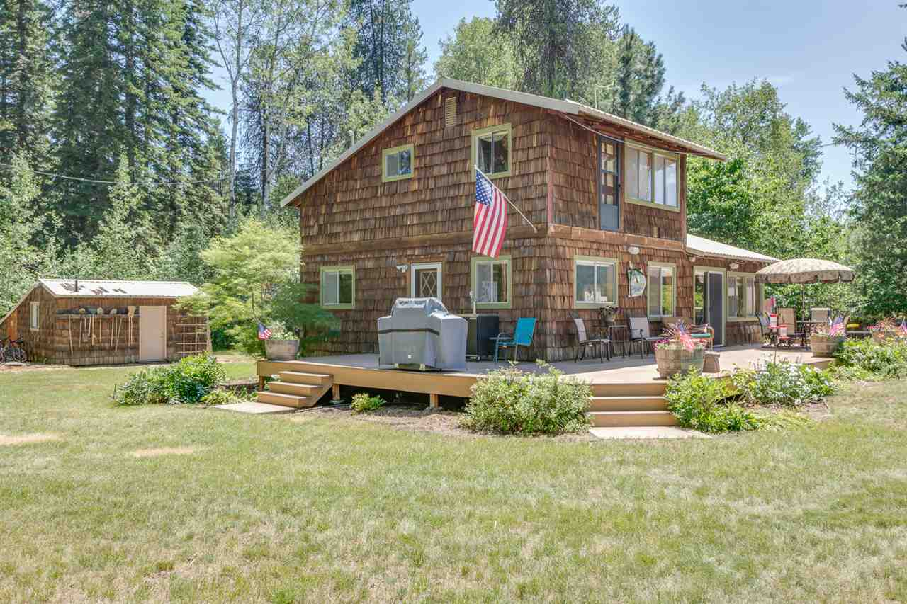 Single Family Home for Sale at 1071 Riverbend Loop 1071 Riverbend Loop Cusick, Washington 99119 United States