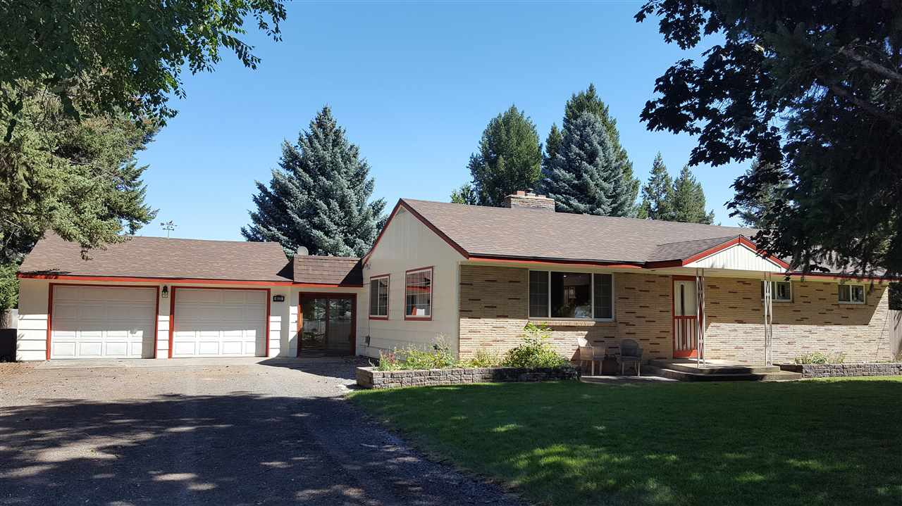 Single Family Home for Sale at 4620 N KENNEY Road 4620 N KENNEY Road Otis Orchards, Washington 99027 United States