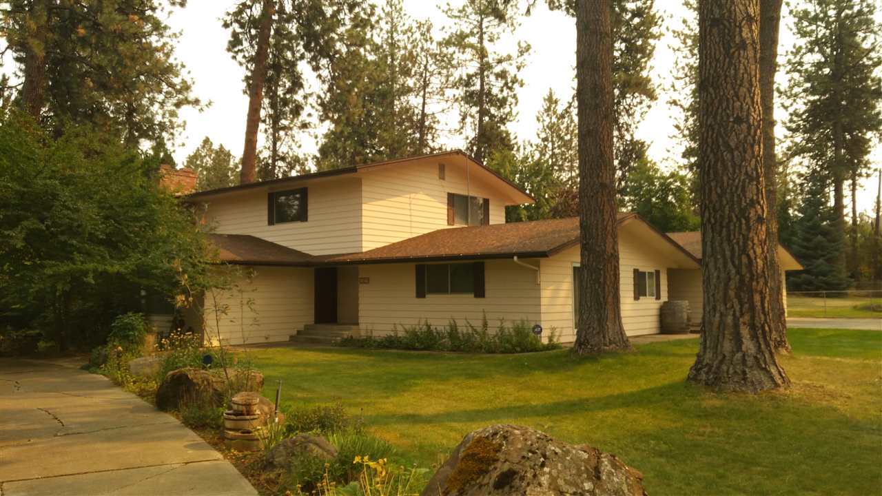 Single Family Home for Sale at 14212 S SHOREVIEW Drive 14212 S SHOREVIEW Drive Medical Lake, Washington 99022 United States